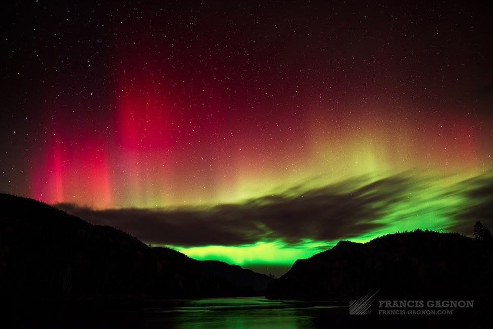 Aurora Borealis in Parc national de la Jacques-Cartier, Quebec, Canada