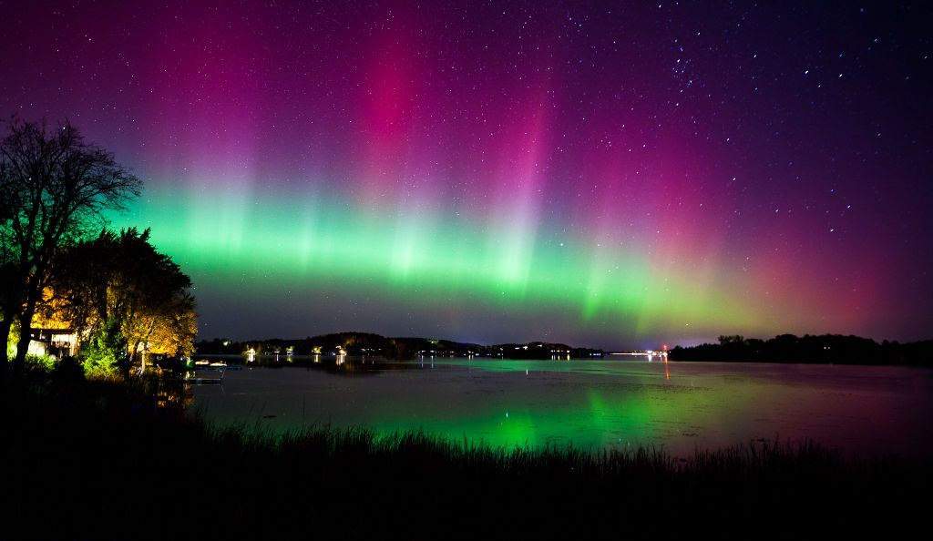 Aurora Borealis. From Peterborough, Ontario, Canada by Peter Nguyen